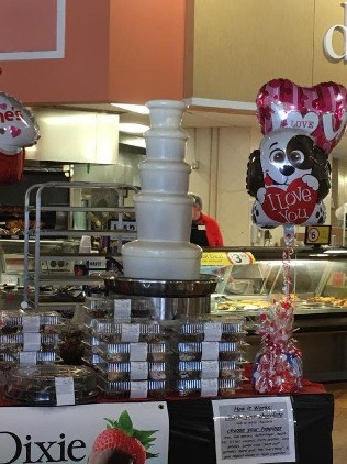 chocolate fountain at super market, grocery stores, food chain, chocolate fountains produce promo events